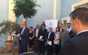 Fotografia de família dels alcaldes de municipis seus dels Jocs