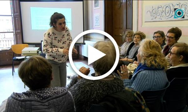 Un taller sobre l'apoderament de la dona ajuda a conèixer en profunditat el seu rol en els contes populars