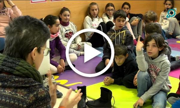La Biblioteca organitza visites guiades per les seves instal·lacions als alumnes dels dos centres escolars